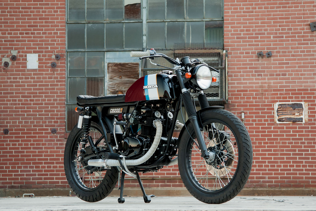 1975 Honda CB200T Café-Brat Front Right