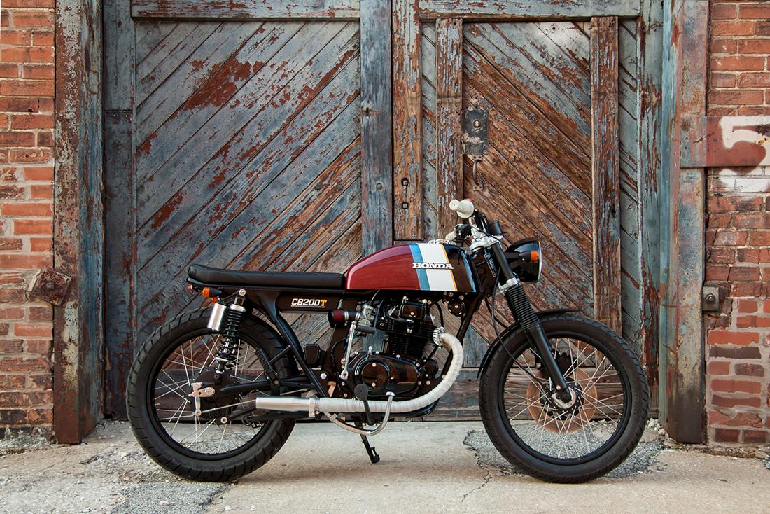 1975 Honda CB200T Café-Brat Side
