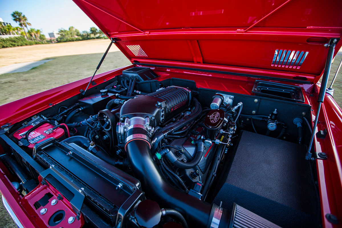 Supercharged 1975 Ford Bronco Engine